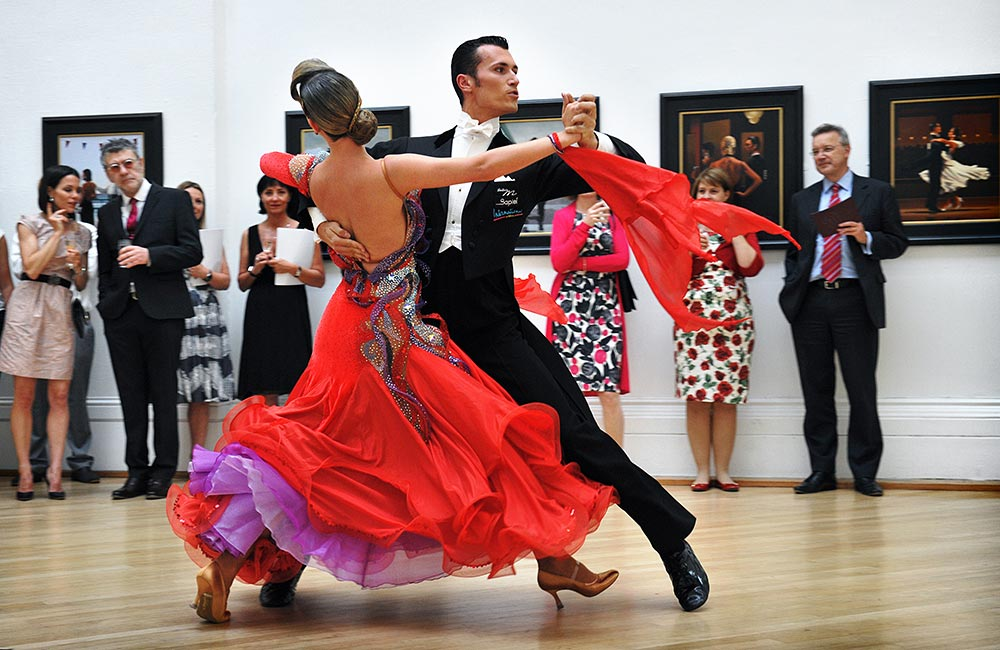 Photography by Peter Ashby-Hayter: Dancers with Jack Vettriano at the RWA, Bristol