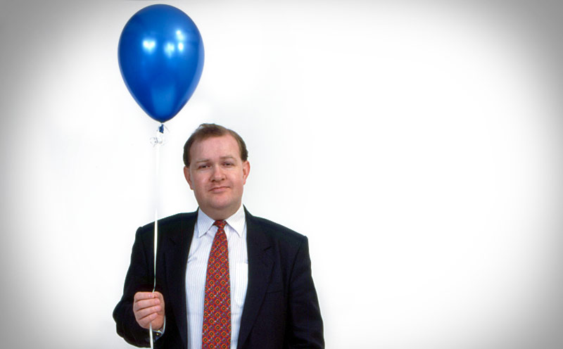 Commercial photography by Peter Ashby-Hayter: corporate portrait with a balloon