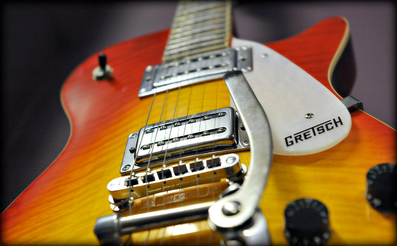 Commercial photography by Peter Ashby-Hayter: Gretsch guitar for Cars And Guitars of Bristol